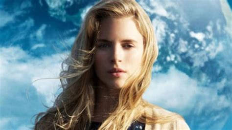 film another earth adalah another earth trailer 2011 official movie youtube