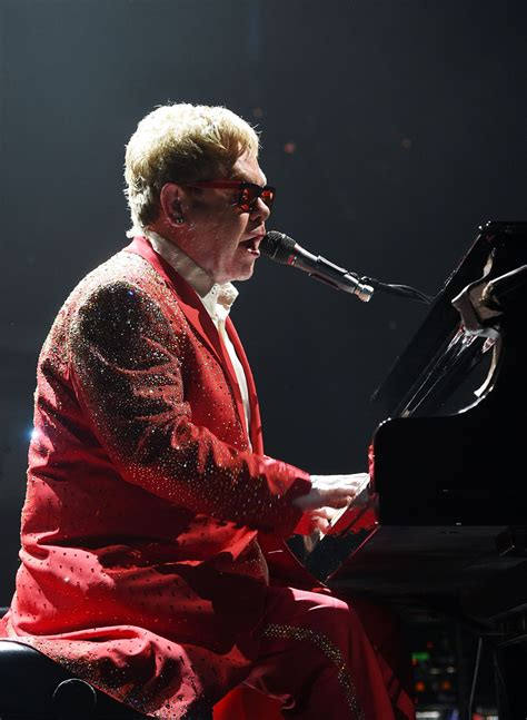elton new years elton photos photos elton performs his