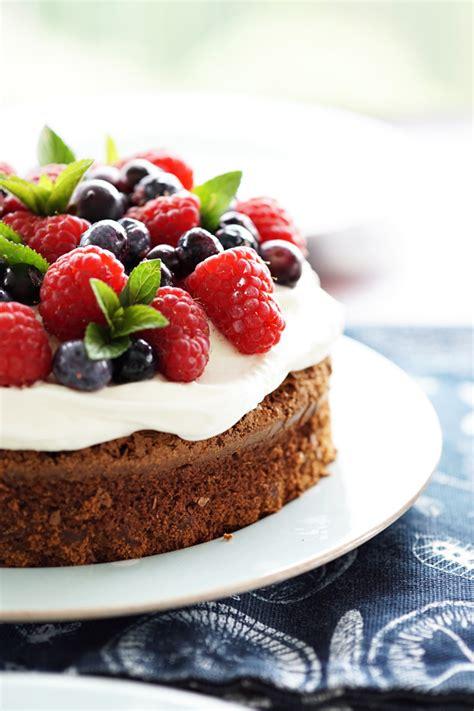 rezept einfacher kuchen der beste schoko beerenkuchen der welt home inspiration