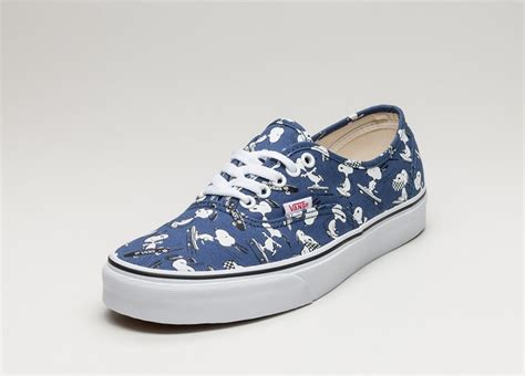 Vans Authentic 07 vans authentic peanuts snoopy skating asphaltgold