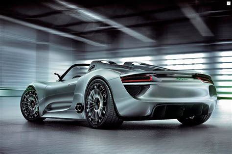 porsche 918 rsr binary porsche 918 spyder is go prius seen in corner