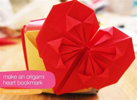 Origami Bookmark Tutorial - origami tutorial bookmark