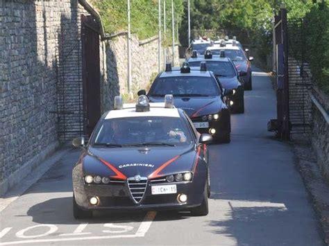 delitti perseguibili d ufficio bloccare il ladro in casa non 232 reato