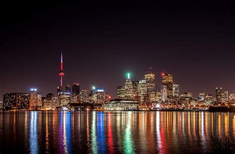 20 World's Most Beautiful Cities At Night  FREEYORK