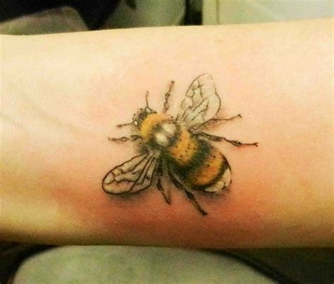 bumble bee tattoo bee tattoos designs ideas and meaning tattoos for you