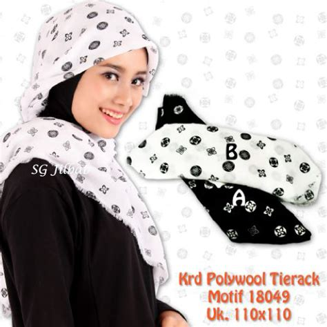 Jilbab Sekolah Segiempat Rawis Solihah Katun segi empat tierack motif 18049 sentral grosir jilbab