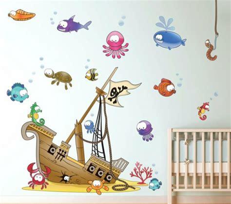 wandtattoo kinderzimmer junge piraten individuelles wandtattoo im kinderzimmer ausw 228 hlen