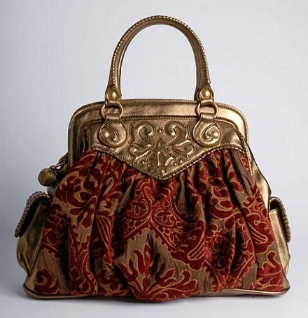 Fiore Bloom Handbag by 17 Best Images About Aum 212 Mi 200 Res Minaudi 200 Res R 201 Ticules