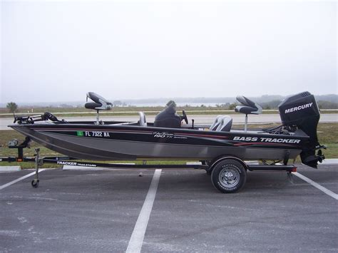 bass pro used boats bass tracker boats 2006 tracker marine 190 pt tx bass