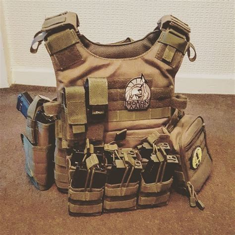 Plate Carrier 1000 ideas about plate carrier on tactical