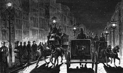first electric street lights when electric lights first illuminated the city