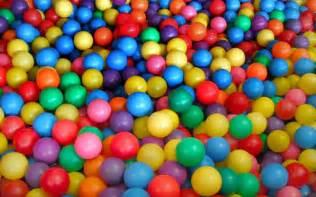 colored balls ejhernandez elements of and principles design