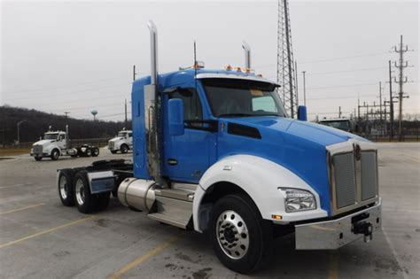 kenworth  conventional trucks  sale  trucks  buysellsearch
