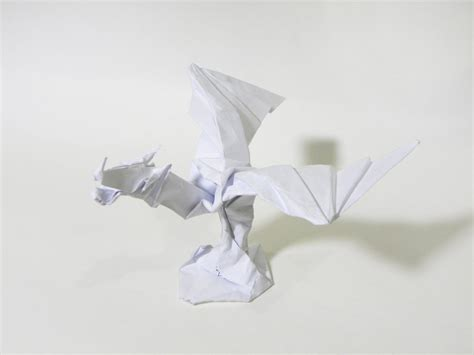 Origami Toothless - origami statue by twistedndistorted on deviantart