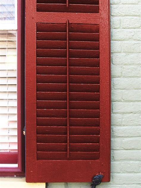 tilt shutter vinyl shutters what you need to to avoid mistakes