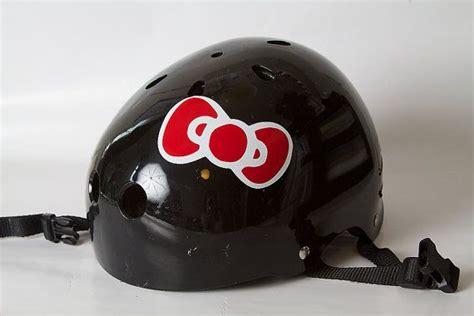 Stiker Helm Hello Kitty by Hello Kitty Style Bow Roller Derby Helmet Vinyl Sticker