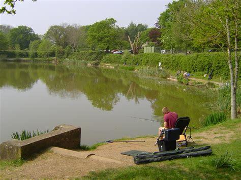 File:Fishing at Bitterwell Lake.JPG - Wikimedia Commons