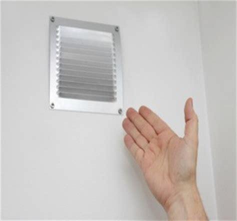 boucher grille aeration pourquoi la ventilation est indispensable