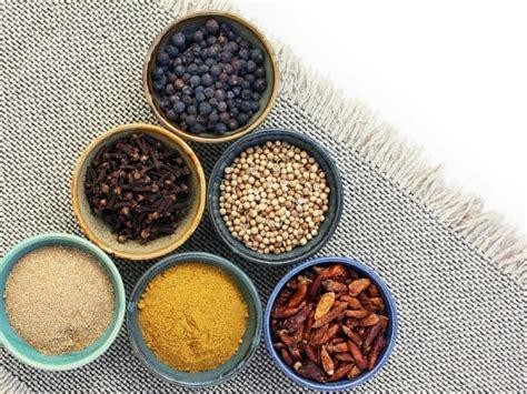 iniziare a cucinare come iniziare a usare 10 spezie in cucina