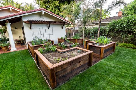 raised bed vegetable garden traditional landscape san francisco by casa smith designs llc