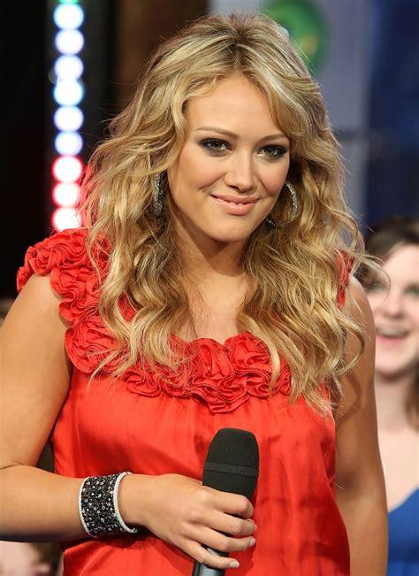 Hilary Duff On Trl by Hilary Duff Photos Photos Mtv Trl Presents Hilary Duff