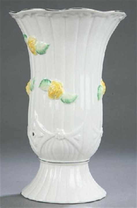 belleek vase white with yellow flowers