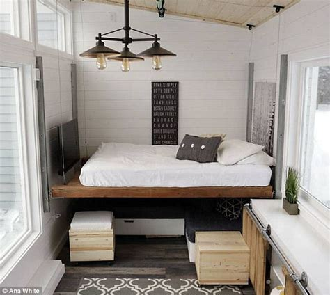 Tiny House Murphy Bed Diy Blogger Creates Elevator Bed For Tight Space Daily