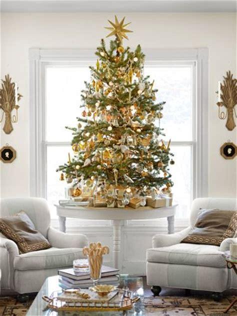 decorate small tree 10 tips voor een veilige kerst boom met jonge of puppy