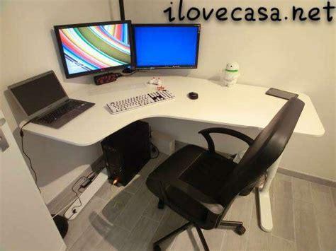 ikea scrivania pc postazione pc scrivania poltrona ikea e supporto multi