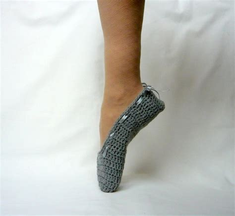 how to crochet ballerina slippers ballet slippers grey crochet ballerina slippers crochet