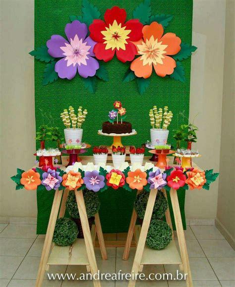 como hacer una decoracion de la cueva de batman en reciclaje 34 sencillas ideas de flores de papel para decoraci 243 n