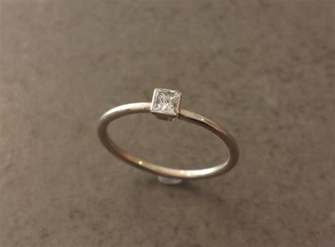 simple engagement ring princess cut