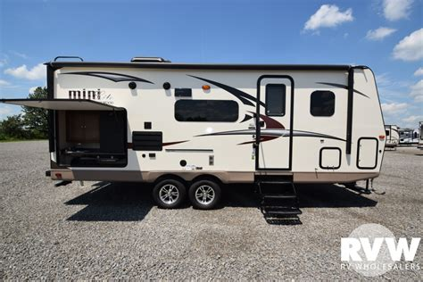 Rockwood Rv Floor Plans by 2018 Forest River Rockwood Mini Lite 2507s Travel Trailer The Real Rvwholesalers 417504