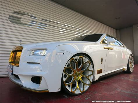 rolls royce gold rims office k showers rolls royce wraith in gold carscoops