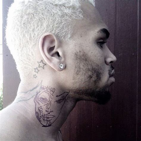 chris brown face tattoo chris brown neck meanings pictures of tattoos on