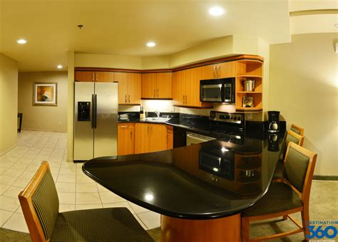 hotels with 2 bedroom suites in las vegas las vegas hotels suites 2 bedroom photos and video