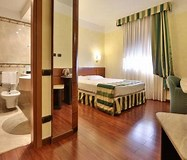 """Результат поиска изображений по запросу """"Камера Сейчас Mirage Family Suite Hotel"""". Размер: 187 х 160. Источник: www.hotelmirage-milano.com"""