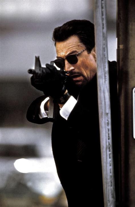 de niro gangster film robert de niro in heat with m16 and sunglasses action