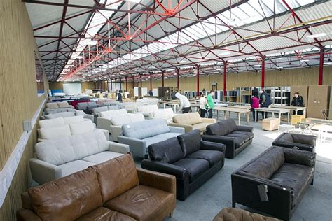 sofa warehouse leeds john pye warehouse auctions the bargain hunter s paradise