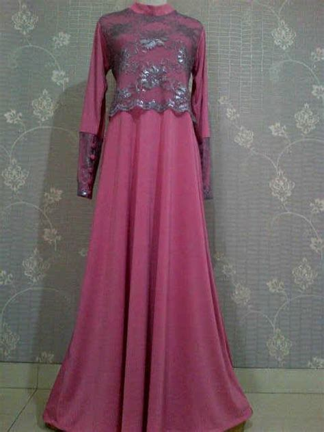 Model Baju Muslim Sederhana Model Gaun Brokat Muslim Hairstylegalleries