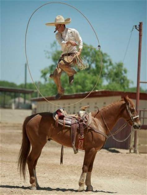 fotos de vaqueros a caballo 79 best images about vaqueros vs charros on pinterest
