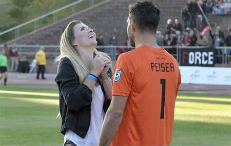gambar kata kata sepak bola romantis nusagates