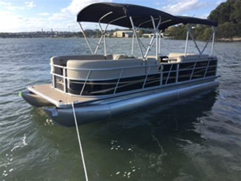 luxury pontoon boats photos luxury 12 seater self drive pontoon picture of sydney