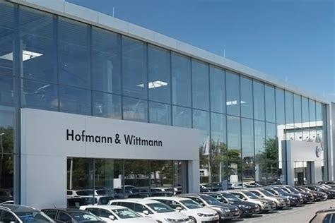 Volkswagenzentrum Regensburg by Hwgruppe Volkswagen Nutzfahrzeuge