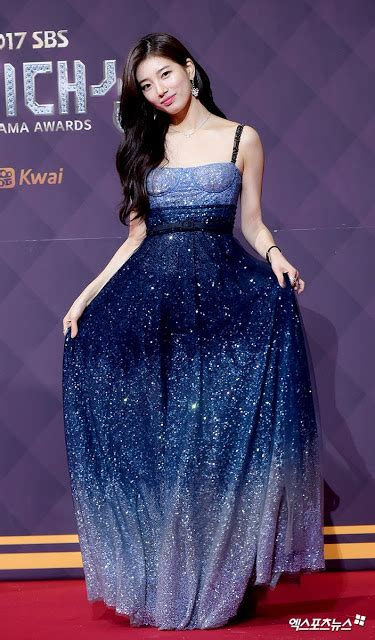 Fashion Korea Anting Drop Blue 1 suzy drops jaws with at the 2017 sbs drama awards daily k pop news