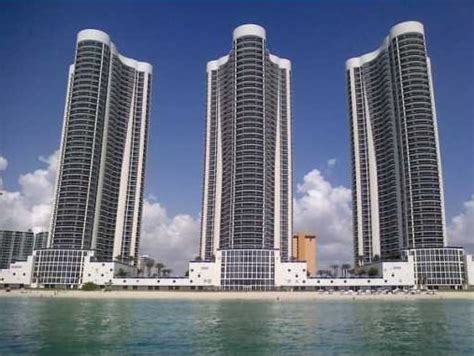 Trump Towers Condos for Sale   3050439 0926