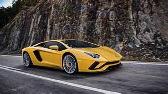 La Vs Aventador Lamborghini Aventador S Coup 233