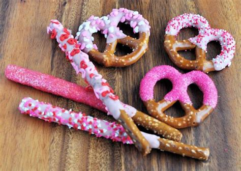 valentines day pretzels s day kid friendly dipped pretzels 187 bellissima