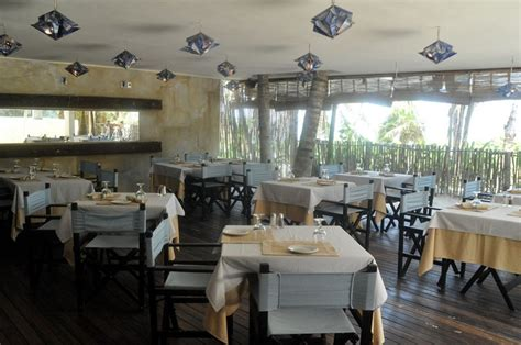 hotels resorts tips for choosing restaurant design be tulum resort by sebastian sas karmatrendz