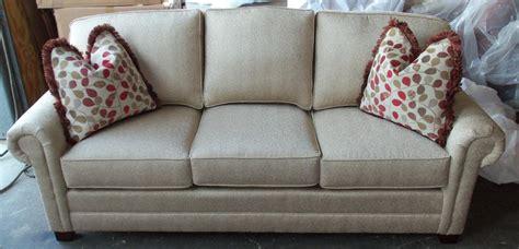 king hickory bentley sofa barnett furniture king hickory bentley sofa